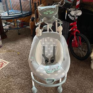 Baby swing for Sale in Mount Holly, NJ