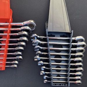 Ratcheting Wrench Sets (Standard And Metric) 12-Point 20 Pieces for Sale in Henderson, NV