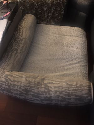 Very Large dog bed couch XXL for Sale in Santa Monica, CA