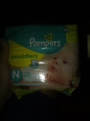 Pampers swaddlers newborn for Sale in Avon Park, FL