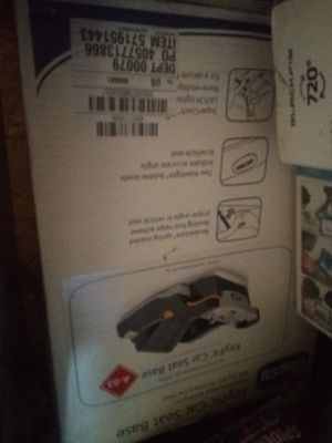 Chico keyfit car base seat a 53 for Sale in Everett, WA