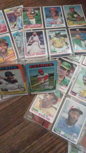 Vintage 1970a baseball cards for Sale in Concord, CA
