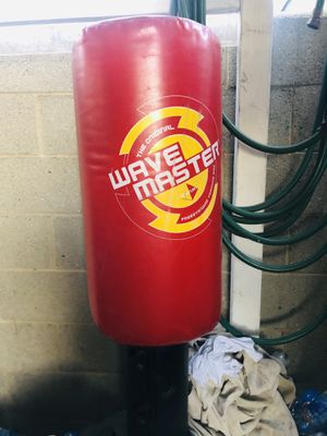 The original wavemaster punching bag for Sale in Los Angeles, CA