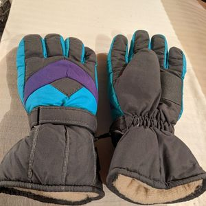 Snowmobile Gloves for Sale in Rockford, IL
