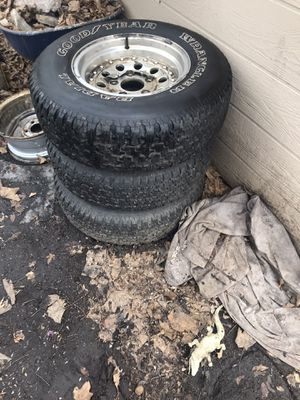 Goodyear wrangler tires with ford wheels for Sale in Minneapolis, MN