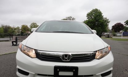 Luxury Plus💥❤️❤️ 2012 Honda Civic Lx FWDAutomatic💥❤️❤️ for Sale in Fresno,  CA