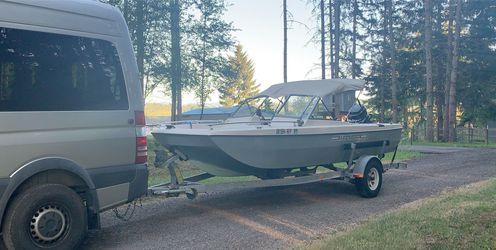 1972 Bayliner Tri-Hull Boat W/Trailer for Sale in Portland,  OR
