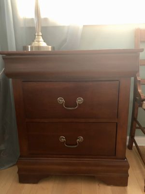 2 drawer nightstand for Sale in Negaunee, MI