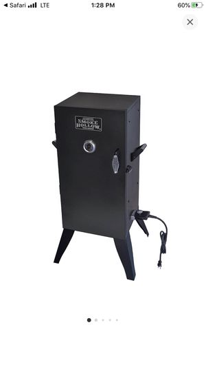 Authentic Smoke Hollow Wood Smoker for Sale in Entiat, WA