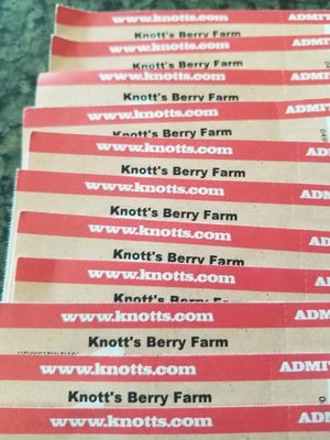 Knott's berry farm tickets for Sale in San Leandro, CA