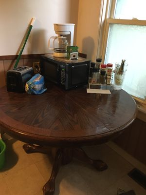 Kitchen table for Sale in Auburn, NY