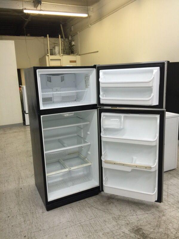 Frigidaire Apartment Size Refrigerator 18 cu ft (Stainless Steel) for Sale  in San Jose, CA - OfferUp