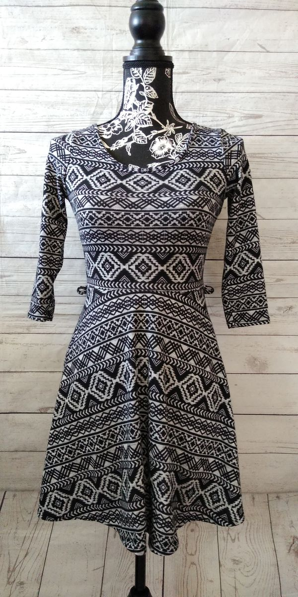 Beautiful DG NY Dress , Girls size medium ( excellent condition )