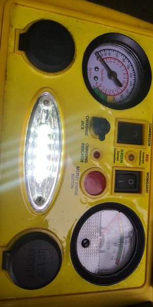 Chicago 5 in 1 portable jump start, power dome. for Sale in Tacoma, WA