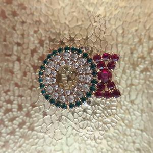 Christmas Jewelry_Wreath BROOCH PIN Diamond for Sale in Lake Butler, FL
