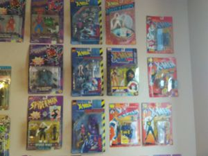 Collectibles. Mostly Toy biz x-men for Sale in Maricopa, AZ