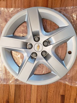 Chevy Malibu Factory OEM Hubcap 2008-2012 fits 17 inch wheel 3276 02 for Sale in Nashville, TN