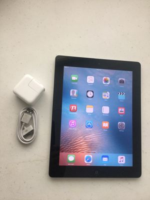 Apple iPad 2 16 GB WI-FI. COLOR BLACK.work very well included charger perfect condition. for Sale in Taylorsville, UT