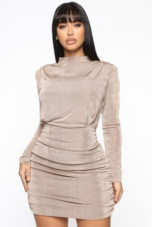 Fashion nova - Nude Dress for Sale in Chicago, IL
