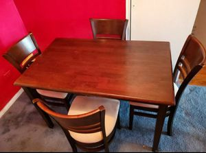 Great Condition Kitchen Table With 4 Chairs .. Delivery Available !! for Sale in Brooklyn, NY