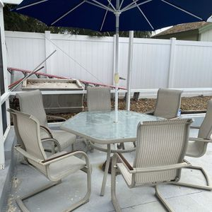 Patio Set for Sale in Port Richey, FL