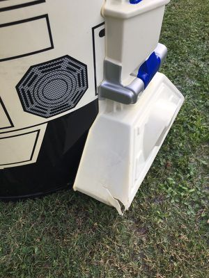 R2D2 Ice cooler for Sale in Selma, CA