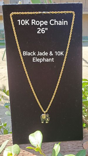 10k Gold Rope Chain 26 inches for Sale in Whittier, CA