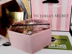 Victoria secret 🎁new in box for Sale in Darien, IL