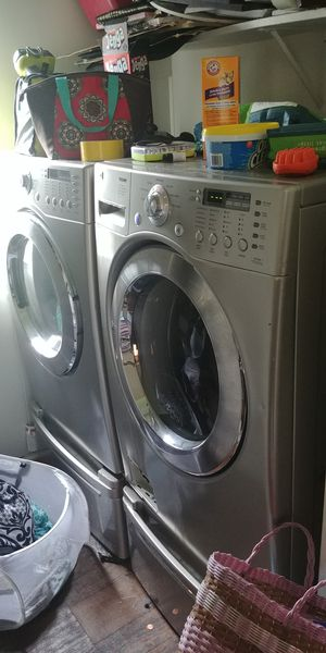 LG Front Load Washer and Electric Dryer for Sale in Baytown, TX