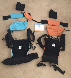 Twingo double baby carrier with infant inserts for Sale in Bakersfield, CA