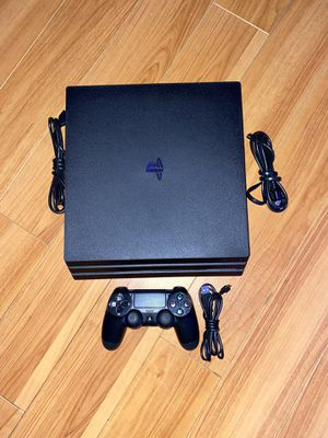 PS4 PlayStation 4 Pro 1TB LIKE NEW! 1 MONTH OLD! for Sale in Tustin, CA