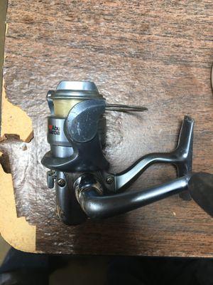 Abu Garcia fishing reel—100u for Sale in Bartlett, IL
