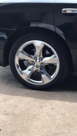 2011-2014 OEM CHROME DODGE CHARGER/CHALLENGER RIMS for Sale in Murfreesboro, TN