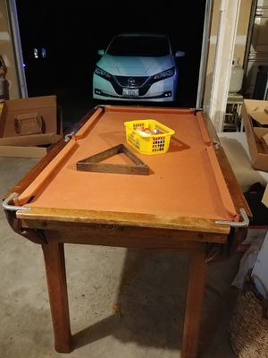 Mini Snooker / Pool Table for Sale in Lake Stevens, WA
