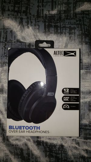 Bluetooth Over Ear Headphones for Sale in Ladson, SC