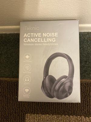 Iteknic Wireless Headphones for Sale in Sterling Heights, MI