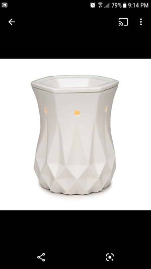NIB Scentsy ceramic Alabaster warmer for Sale in Tolleson, AZ