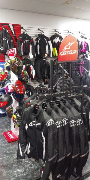 Motorcycle safety gear for Sale in Largo, FL