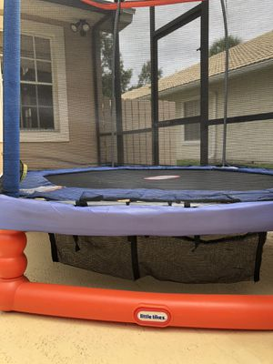 TRAMPOLINE FOR KIDS LITTLE TIKES for Sale in Orlando, FL