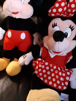 Mickey And Minnie mouse for Sale in El Sobrante,  CA