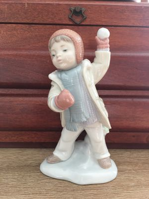 Lladro Winter Whimsey Figurine for Sale in Tampa, FL