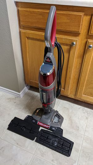 Bissell Vacuum & Steam mop - excellent conditions $100 for Sale in Pflugerville, TX