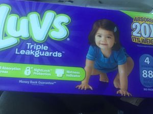 Luvs pamper size 4 for Sale in Philadelphia, PA