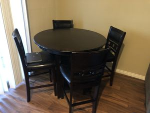 Dinning table for Sale in Scottsdale, AZ