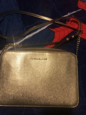 Michael Kors Hand bag for Sale in Inglewood, CA
