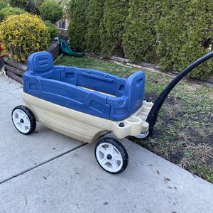 Step 2 Kids Wagon for Sale in Chicago, IL