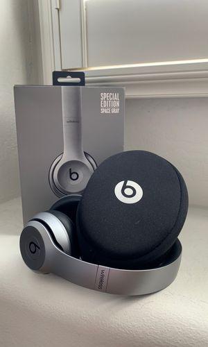 Beats Solo 2 Wireless for Sale in Chandler, AZ