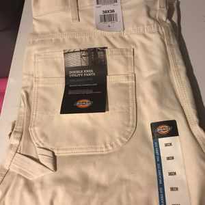 Dickies new pants 38X 36 for Sale in Laurel, MD