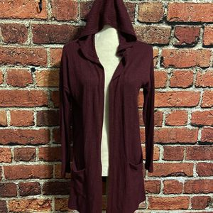 American eagle hooded cardigan maroon size medium for Sale in Snohomish, WA