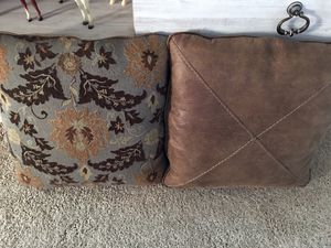 Two sofa pillows for Sale in Enumclaw, WA